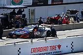 Pirelli World Challenge<br /> Victoria Day SpeedFest Weekend<br /> Canadian Tire Motorsport Park, Mosport, ON CAN Saturday 20 May 2017<br /> Peter Kox/ Mark Wilkins pit stop<br /> World Copyright: Richard Dole/LAT Images<br /> ref: Digital Image RD_CTMP_PWC17094