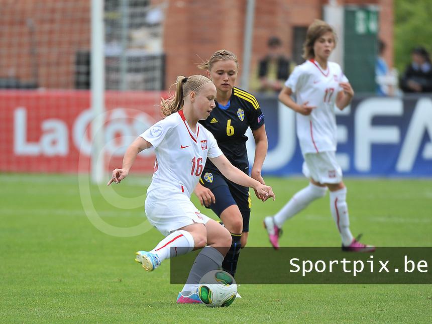 Poland - Sweden : Urszula Wasil (16) en Jonna Andersson (6)<br /> foto David Catry / Nikonpro.be