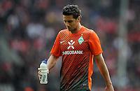 FUSSBALL   1. BUNDESLIGA   SAISON 2011/2012   29. SPIELTAG 1. FC Koeln - SV Werder Bremen                           07.04.2012 Claudio Pizarro (SV Werder Bremen)  ist nach dem Abpfiff enttaeuscht