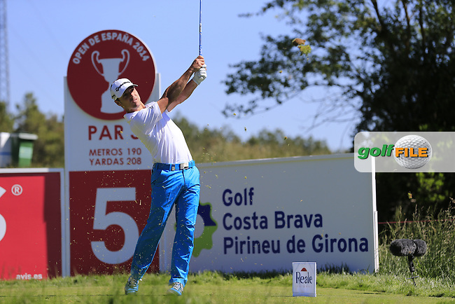 Javier Colomo (ESP) tees off the par3 5th tee during Thursday's Round 1 of the 2014 Open de Espana held at the PGA Catalunya Resort, Girona, Spain. Wednesday 15th May 2014.<br /> Picture: Eoin Clarke www.golffile.ie