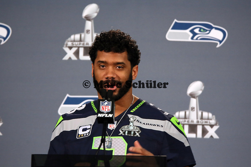 QB Russell Wilson (Seahawks)- Super Bowl XLIX Seattle Seahakws Team-PK, Arizona Grand Hotel