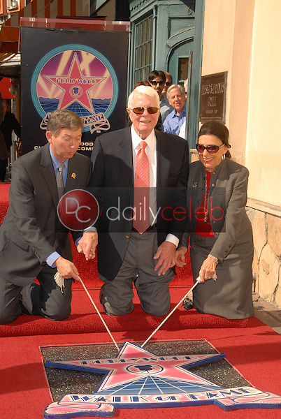 Leron Gubler with Peter Graves and wife Joan Endress<br />