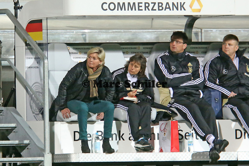 Bundestrainerin Silvia Neid (D)- Deutschland vs. Kroatien, WM-Qualifikation, Frankfurter Volksbank Stadion