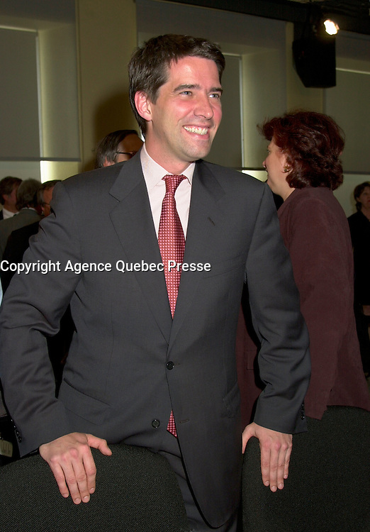 June 6 , 2002, Montreal, Quebec, Canada<br /> <br /> Andre Boisclair, Quebec Minister of Environment, Quebec Minister of Municipal Affairs<br /> smiles for photographers on the last day of<br />  the Montreal Summit (Le Sommet de Montr&Egrave;al), June 6, 2002<br /> <br /> <br />  <br /> Mandatory Credit: Photo by Pierre Roussel- Images Distribution. (&copy;) Copyright 2002 by Pierre Roussel <br /> ON SPEC<br /> NOTE l Nikon D-1 jpeg opened with Qimage icc profile, saved in Adobe 1998 RGB.