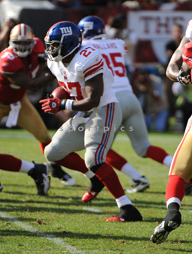 BRANDON JACOBS, of the New York Giants, in action during the Giants game against the San Francisco 49ers on November 13, 2011 at Candlestick Park in San Francisco, CA. The 49ers beat the Giants 27-20.