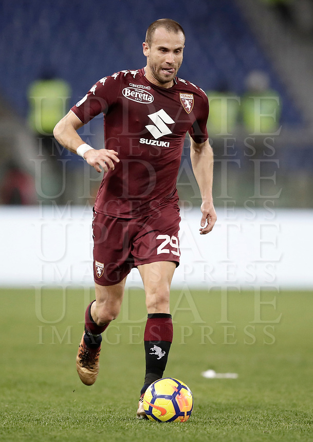 Calcio, Serie A: Roma, stadio Olimpico, 11 dicembre 2017.<br /> Torino's Lorenzo De Silvestri in action during the Italian Serie A football match between Lazio and Torino at Rome's Olympic stadium, December 11, 2017.<br /> UPDATE IMAGES PRESS/Isabella Bonotto