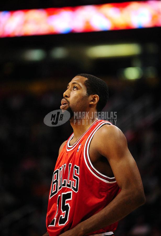 Jan. 22, 2010; Phoenix, AZ, USA; Chicago Bulls guard (15) John Salmons against the Phoenix Suns at the US Airways Center. Chicago defeated Phoenix 115-104. Mandatory Credit: Mark J. Rebilas-