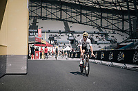 Michal Kwiatkowski (POL/SKY) on his first passage into the Orange V&eacute;lodrome during recon<br /> <br /> 104th Tour de France 2017<br /> Stage 20 (ITT) - Marseille &rsaquo; Marseille (23km)