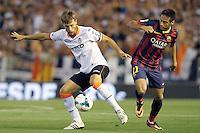 Valencia's Sergio Canales (l) and FC Barcelona's Neymar Santos Jr during La Liga match.September 1,2013. (ALTERPHOTOS/Acero) <br /> Football Calcio 2013/2014<br /> La Liga Spagna<br /> Foto Alterphotos / Insidefoto <br /> ITALY ONLY