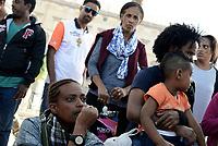 Roma, 4 Settembre 2017<br /> Donna piange<br /> La Polizia ha sgomberato il presidio dei rifugiati in Piazza Venezia, dove avevano allestito un accampamento con tende dopo lo sgombero violento di Piazza Indipendenza