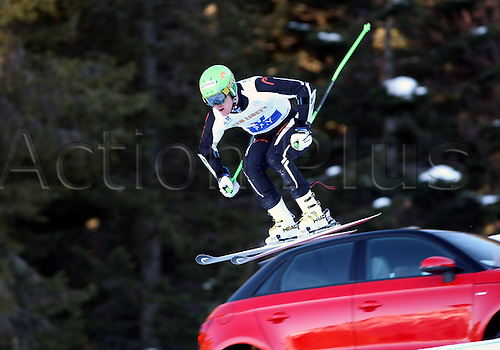 23.12.2011. Paganella, Italy. V PAY ALPINE ROCKFEST..LIGETY Ted (USA) in action, in Andalo, Italy. Ted LIGETY (USA) won the event, and €60000 euros money prize.
