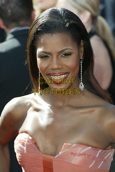 OMAROSA MANIGAULT-STALLWORTH.At the 56th Annual Prime Time Emmy Awards held the Shrine Auditorium, Los Angeles, CA, USA, .19th September, 2004..portrait headshot silver drop earrings.Ref: ADM.www.capitalpictures.com.sales@capitalpictures.com.©Charles Harris/AdMedia/Capital Pictures .