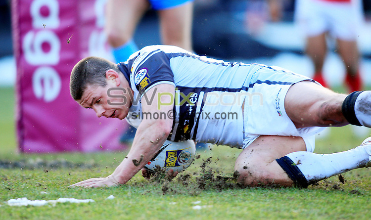 Pix: Chris Mangnall /SWPix.com, Rugby League, Super League. 21/02/10 Crusaders v Hull FC....picture copyright>>Simon Wilkinson>>07811267 706>>....Hull's (11) Lee Radford scores hull' 1st Try
