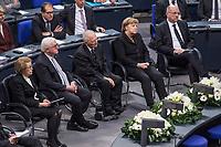 Staatsakt fuer den am 4. Januar 2018 verstorbenen ehemaligen Bundestagspraesident Dr. Philipp Jenninger am Donnerstag den 17. Januar 2018 im Deutschen Bundestag.<br /> Im Bild vlnr: Witwe Jenninger; Bundespraesident Frank-Walter Steinmeier; Bundestagspraesident Wolfgang Schaeuble; Bundeskanzlerin Angela Merkel; Andreas Vosskuhle, Praesident des Bundesverfassungsgericht.<br /> 18.1.2018, Berlin<br /> Copyright: Christian-Ditsch.de<br /> [Inhaltsveraendernde Manipulation des Fotos nur nach ausdruecklicher Genehmigung des Fotografen. Vereinbarungen ueber Abtretung von Persoenlichkeitsrechten/Model Release der abgebildeten Person/Personen liegen nicht vor. NO MODEL RELEASE! Nur fuer Redaktionelle Zwecke. Don't publish without copyright Christian-Ditsch.de, Veroeffentlichung nur mit Fotografennennung, sowie gegen Honorar, MwSt. und Beleg. Konto: I N G - D i B a, IBAN DE58500105175400192269, BIC INGDDEFFXXX, Kontakt: post@christian-ditsch.de<br /> Bei der Bearbeitung der Dateiinformationen darf die Urheberkennzeichnung in den EXIF- und  IPTC-Daten nicht entfernt werden, diese sind in digitalen Medien nach &sect;95c UrhG rechtlich geschuetzt. Der Urhebervermerk wird gemaess &sect;13 UrhG verlangt.]