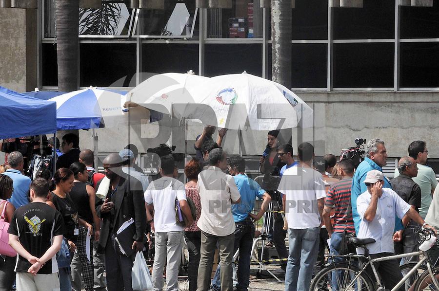 Santo Andre, SP,14 FEVEREIRO 2012-Movimento de imprensa e publico  no Forum de Santo Andre durante o julgamento do Caso Eloa (FOTO: ADRIANO LIMA - NEWS FREE).