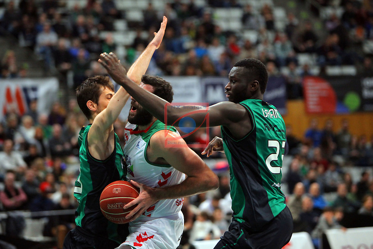 League ACB-Endesa 2015-2016. Game: 16.<br /> FIATC Joventut vs Laboral Kutxa Baskonia: 68-89.<br /> Nogues, Bourousis &amp; Drame.