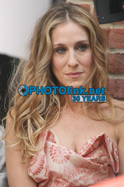 Sarah Jessica Parker filming ''Sex In The City'' 2007<br /> Photo By John Barrett/CelebrityArchaeology.com