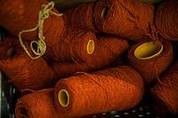 Filati rossi in bobina Bute tartan mills