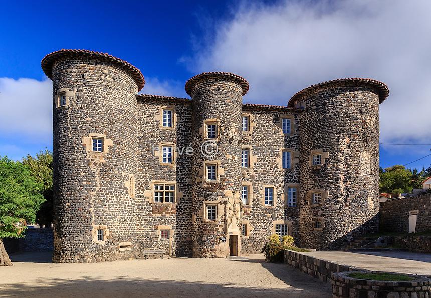 France, Haute-Loire (43), Le Monastier-sur-Gazeille, le château façade sud // France, Haute Loire, Le Monastier sur Gazeille, the castle