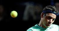 Lo svizzero Roger Federer in azione durante gli Internazionali d'Italia di tennis a Roma, 18 Maggio 2013..Switzerland's Roger Federer eyes the ball during the Italian Open Tennis tournament ATP Master 1000 in Rome, 18 May 2013.UPDATE IMAGES PRESS/Isabella Bonotto