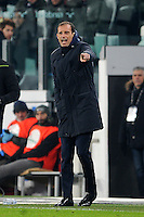 Calcio, quarti di finale di Tim Cup: Juventus vs Milan. Torino, Juventus Stadium, 25 gennaio 2017.<br /> Juventus coach Massimiliano Allegri gives indications to his players during the Italian Cup quarter finals football match between Juventus and AC Milan at Turin's Juventus stadium, 25 January 2017.<br /> UPDATE IMAGES PRESS/Manuela Viganti