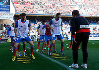 Atletico's players before La Liga BBVA match. April 14, 2013.(ALTERPHOTOS/Alconada)