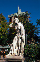 Spanien, auf dem Paseo Recoleto bei der Plaza Colon in Madrid