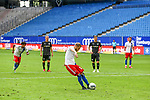Hamburgs Aaron Hunt trifft zum 1:2 per Elf-Meter beim Spiel Hamburger SV gegen den  SV Sandhausen in Hamburg / 280620<br /><br />*** Football - nph00001,  2. Bundesliga: Hamburg SV vs SV Sandhausen, Hamburg, Germany - 28 Jun 2020 ***<br /><br />Only for editorial use. (DFL/DFB REGULATIONS PROHIBIT ANY USE OF PHOTOGRAPHS as IMAGE SEQUENCES and/or QUASI-VIDEO)<br />FOTO: Ibrahim Ot/action press/POOL/nordphoto *** Local Caption *** [4::31065102]