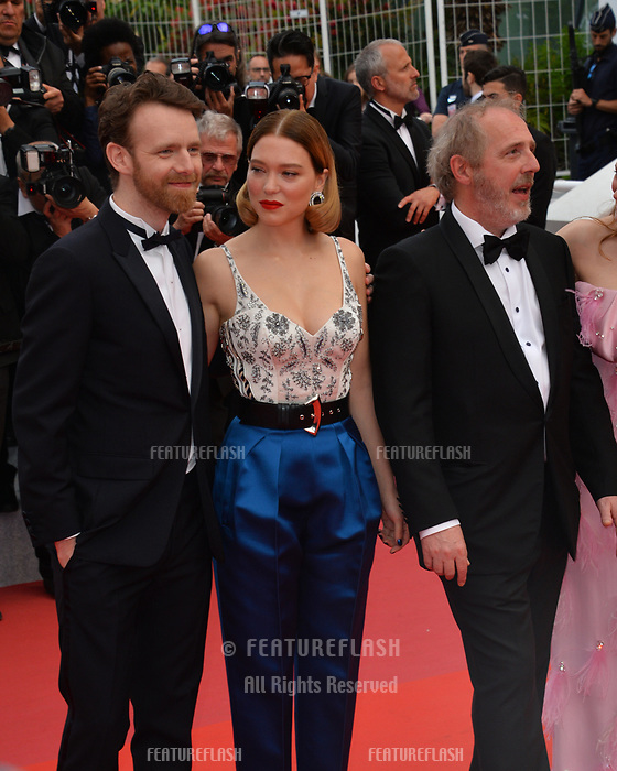 """CANNES, FRANCE. May 22, 2019: Antoine Reinartz, Lea Seydoux & Arnaud Desplechin at the gala premiere for """"Oh Mercy!"""" at the Festival de Cannes.<br /> Picture: Paul Smith / Featureflash"""