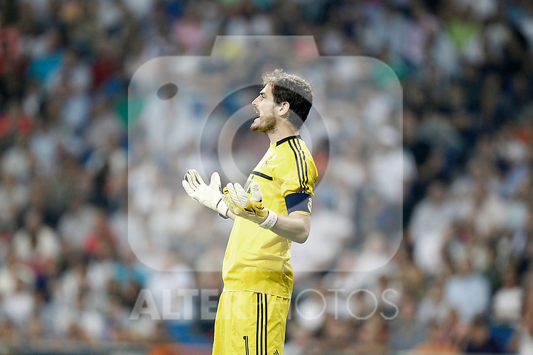 Real Madrid's Iker Casillas reacts during UEFA Champions League match. September 27, 2011. (ALTERPHOTOS/Alvaro Hernandez)