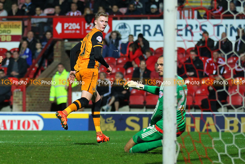 Sam Clucas of Hull City scores the second goal for his team and celebrates during Brentford vs Hull City, Sky Bet Championship Football at Griffin Park