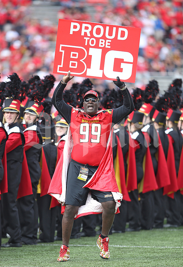 Maryland's debut in the Big 10 started with lots of excitement but ended with a lopsided 52-24  loss to Ohio State at Byrd Stadium on October 4, 2014.  (Chris Russell/Dispatch Photo)