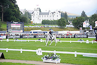 Blair Atholl, Scotland, UK. 11th September, 2015. Longines  FEI European Eventing Championships 2015, Blair Castle. Francis Whittington (GBR) riding Easy Target  during the dressage phase © Julie Priestley