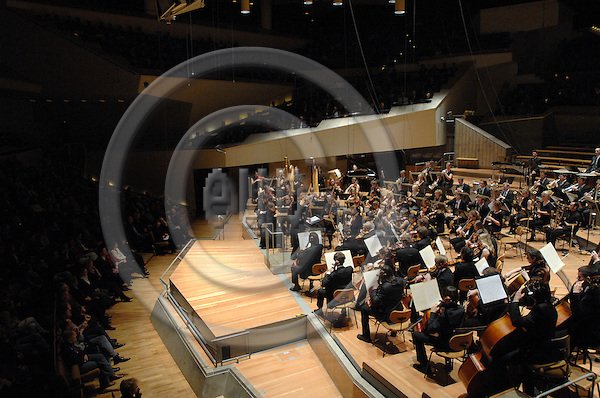 BERLIN - GERMANY 5. 1. 2007 -- The German-Scandinavian Youth orchestra (Deutsch-Skandinavische Jugend-Philharmonie) in concert at the Berliner Philharmonie during the 31. German-Scandinavian Orchestraweek -- PHOTO: GORM K. GAARE / EUP- IMAGES ...