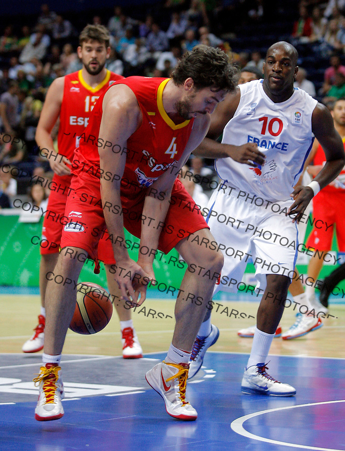 during round 2, group E, basketball game between France and Spain in Vilnius, Lithuania, Eurobasket 2011, Sunday, September 11, 2011. (photo: Pedja Milosavljevic)