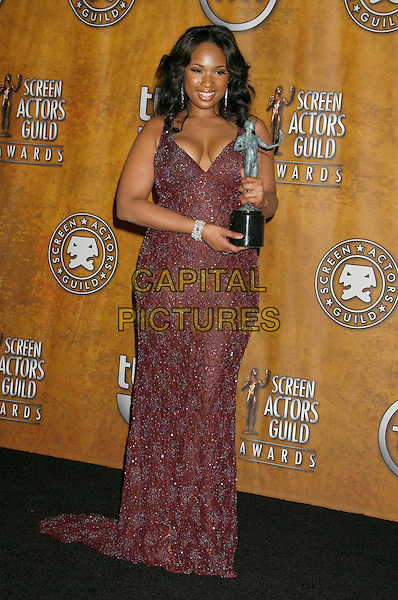 "JENNIFER HUDSON.winner of the ""Female Actor In A Supporting Role"" award for ""Dreamgirls"".13th Annual Screen Actors Guild Awards held at the Shrine Auditorium - pressroom,  Los Angeles, California, USA,.28 January 2007..full length winner award trophy Press room brown beaded dress.CAP/ADM/RE.©Russ Elliot/AdMedia/Capital Pictures."