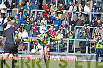 Kerry's David Moran and Galwey's Finian Hanley during their Allianz National Football League clash in Killarney last SundayKerry's David Moran and Galwey's Joe Bergin contest for the ball during their Allianz National Football League clash in Killarney last Sunday