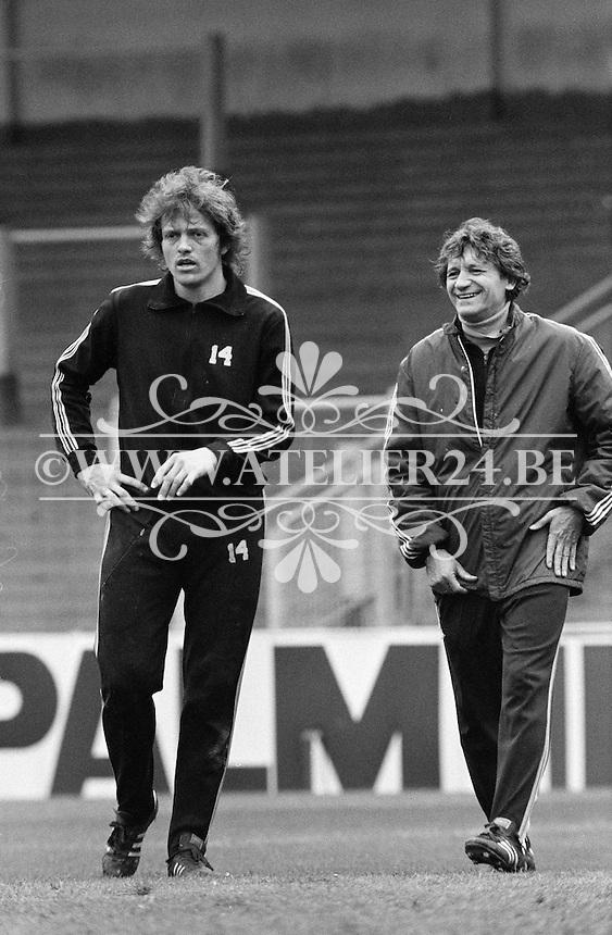 1977. RSC Anderlecht. Trainer Raymond Goethals en Arie Haan.