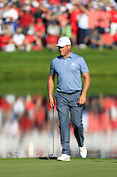 Lee Westwood (ENG)(Team Europe) on the 17th green during Sunday Singles matches at the Ryder Cup, Hazeltine National Golf Club, Chaska, Minnesota, USA.  02/10/2016<br /> Picture: Golffile | Fran Caffrey<br /> <br /> <br /> All photo usage must carry mandatory copyright credit (&copy; Golffile | Fran Caffrey)