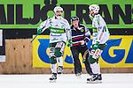 Stockholm 2014-03-01 Bandy SM-semifinal 1 Hammarby IF - V&auml;ster&aring;s SK :  <br /> V&auml;ster&aring;s Tobias Holmberg har gjort 3-0 och jublar med V&auml;ster&aring;s Oscar Gr&ouml;hn <br /> (Foto: Kenta J&ouml;nsson) Nyckelord:  VSK Bajen HIF jubel gl&auml;dje lycka glad happy