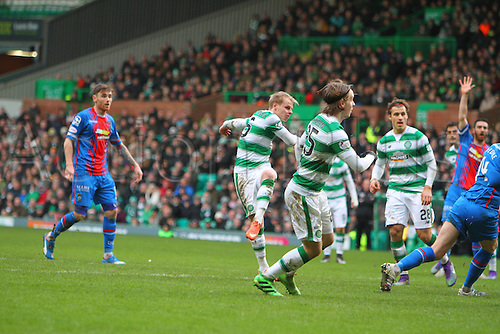 20.02.2016. Celtic Park, Glasgow, Scotland. Scottish Premier League. Celtic versus Inverness CT. Gary Mackay-Steven puts Celtic into the lead