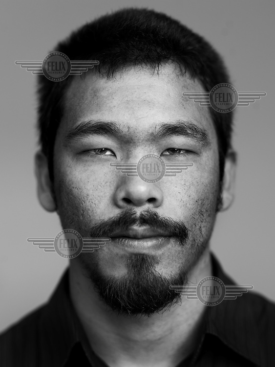Luis Shima: Luis is 28 and a sports coach. But he regrets this training a little. 'Not intellectual enough. That's why I am now undertaking further education in psychoanalysis.' Luis is three quarters Japanese and one quarter Italian. He speaks Japanese, and spent two years in Japan. He is what is called a decassegui, a Japanese descendent who tried their luck in Japan. In their ancestral country, the Brazilian Japanese are regarded as noisy party-makers, and that is a problem. In any case, Luis finally opted for Sao Paulo, 'a city where you meet really interesting people eye to eye.'