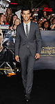 LOS ANGELES, CA - NOVEMBER 12: Taylor Lautner  arrives at 'The Twilight Saga: Breaking Dawn - Part 2' Los Angeles premiere at Nokia Theatre L.A. Live on November 12, 2012 in Los Angeles,