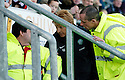 06/11/2005         Copyright Pic : James Stewart.File Name : sct_jspa18 falkirk v celtic.CELTIC MANAGER GORDON STRACHAN HAS A GO AT THE STEWARDS AFTER A FALKIRK FAN MAKES ANTI IRISH COMMENTS TOWWARDS ONE OF HIS PLAYERS ....Payments to :.James Stewart Photo Agency 19 Carronlea Drive, Falkirk. FK2 8DN      Vat Reg No. 607 6932 25.Office     : +44 (0)1324 570906     .Mobile   : +44 (0)7721 416997.Fax         : +44 (0)1324 570906.E-mail  :  jim@jspa.co.uk.If you require further information then contact Jim Stewart on any of the numbers above.........