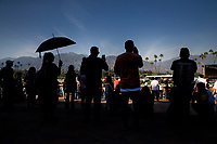 ARCADIA, CA - MARCH 11: Fans gather on the apron on Santa Anita Handicap day at Santa Anita Park on March 11, 2017 in Arcadia, California. (Photo by Alex Evers/Eclipse Sportswire/Getty Images)