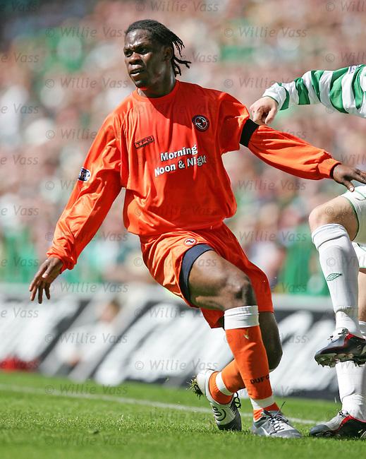Colin Samuel, Dundee Utd.stock season 2003-2004.pic willie vass