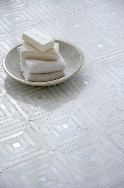 Bryce, a handmade mosaic shown in honed Paperwhite, tumbled Thassos and Shell, is part of The Studio Line of Ready to Ship mosaics.<br />