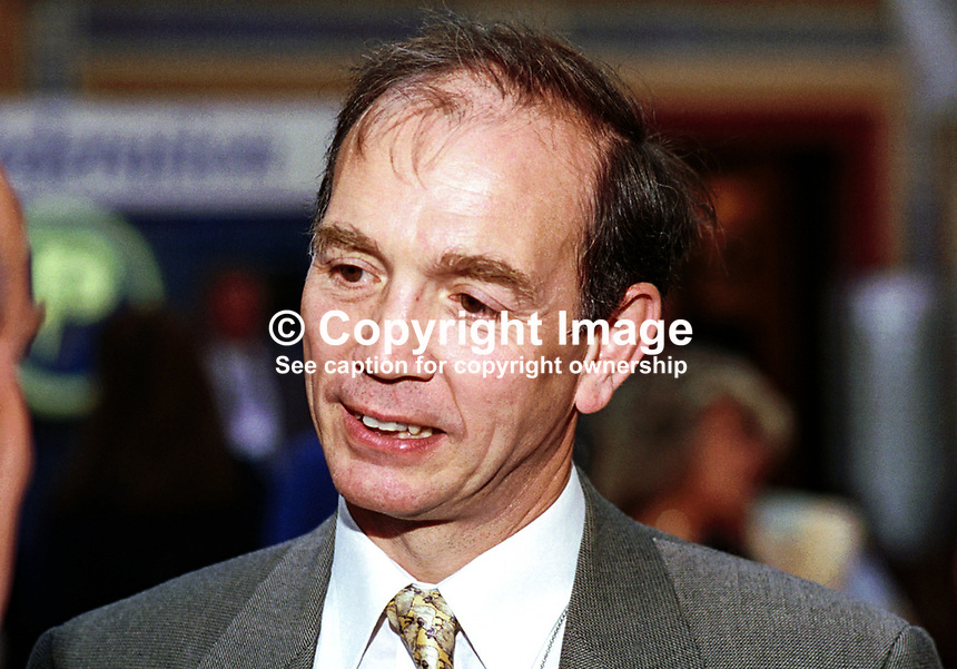 Dr Bob Spink, MP, Conservative Party, England, Britain, UK, Annual Conference, Blackpool, 199510184..Copyright Image from Victor Patterson, 54 Dorchester Park, Belfast, UK, BT9 6RJ..Tel: +44 28 9066 1296.Mob: +44 7802 353836.Voicemail +44 20 8816 7153.Skype: victorpattersonbelfast.Email: victorpatterson@mac.com.Email: victorpatterson@ireland.com (back-up)..IMPORTANT: If you wish to use this image or any other of my images please go to www.victorpatterson.com and click on the Terms & Conditions. Then contact me by email or phone with the reference number(s) of the image(s) concerned.