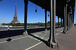 Viaduc de Passy of Bir-Hakeim bridge Pont de Bir-Hakeim with Eiffel Tower la tour eiffel in the background. City of Paris. Paris. France