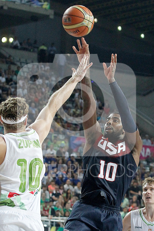 Slovenia's Miha Zupan (l) and USA's Kyrie Irving during 2014 FIBA Basketball World Cup Quarter-Finals match.September 9,2014.(ALTERPHOTOS/Acero)